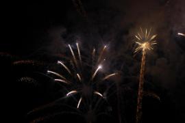 Tots per Pollença acusa al Ajuntament de lanzar fuegos artificio sin permiso