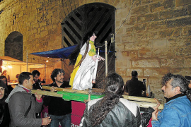 Sant Kanut se toma «un descanso» como fiesta alternativa a la Revetla