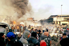 Un atentado con coche bomba deja al menos doce muertos en Bagdag