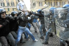 NUEVAS MANIFESTACIONES EN TODA ITALIA CONTRA LA REFORMA UNIVERSITARIA