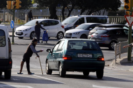 Más de 50 discapacitados piden limosna en las calles de Palma para un clan rumano