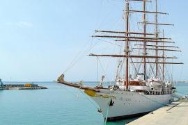 El puerto de Alcúdia se afianza como destino de cruceros de lujo alternativo a Palma
