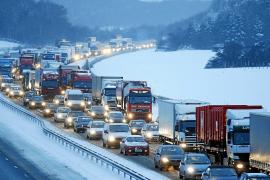 El temporal en Europa crea el caos en el transporte y el suministro de energía