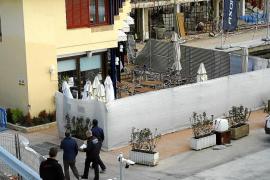 Guerra en Calanova entre el dueño del restaurante y el concesionario del puerto