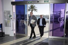 Todos los alcaldes dan su aprobación para impedir el alquiler turístico en fincas