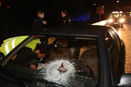 La Fiscalía pide 18 años de cárcel para un acusado de lanzar piedras contra los coches desde un puente sobre la autovía