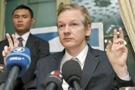 Suecia y Reino Unido estrechan el cerco contra el fundador de Wikileaks