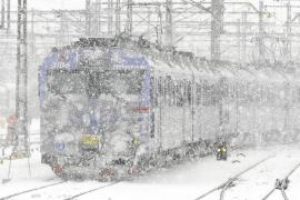 Sigue el caos en Europa por la nieve