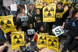 Yebra aprueba optar a la candidatura para acoger un cementerio nuclear