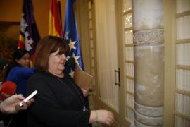 Huertas continúa siendo presidenta del Parlament tras marcharse con el PP de la reunión de la Mesa