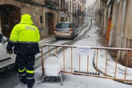 Carreteras cortadas por la nieve