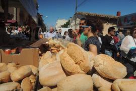 Los vecinos de Es Pil·larí registran con éxito su 'Fira del Llonguet' como marca