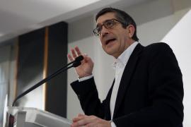 Patxi López pide no convertir las primarias del PSOE en «una batalla fratricida»