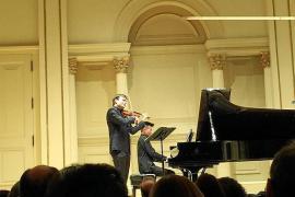 El violinista Francisco Fullana llena el aforo del Carnegie Hall de Nueva York