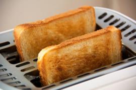Recomiendan no dorar demasiado las tostadas para evitar el cáncer
