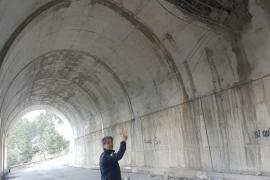 Desprendimientos en un túnel de la carretera entre Andratx y Estellencs
