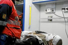 Dos trabajadores de mantenimiento del tren, heridos en Palma al explotar una batería