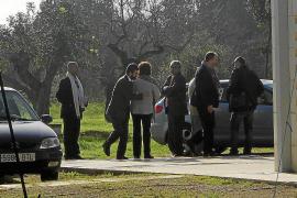 Inspeccionan una de las viviendas investigadas en el 'caso Peaje'