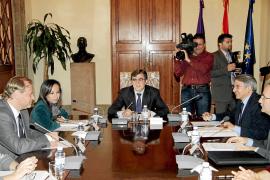 Govern y Gobierno aprueban construir 392 pisos protegidos y rehabilitar 80