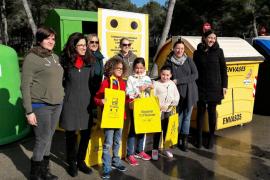 El «Comando Natura» informa en Calvià de como reciclar