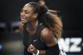 Serena se impone a su hermana Venus en la final del Abierto de Australia