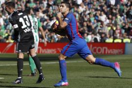 El Barcelona no pasa del empate en su visita al Betis