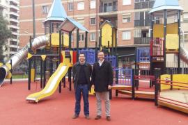 Finalizan las obras de mejora del castillo de juegos infantiles de General Riera