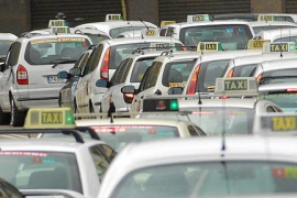 Los taxistas amenazan con colapsar las carreteras de Mallorca y las calles de Palma
