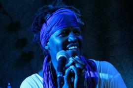 El soul y el jazz de Sheela Gathright suenan en el Blue Jazz Club