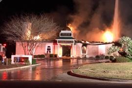 Una mezquita incendiada en Texas aviva una ola de solidaridad