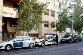 La Policía Nacional detiene a dos autores de un atraco que utilizaron la técnica de 'mataleón'