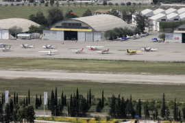 Son Bonet inicia unas obras de adecuación del pavimento de la pista de vuelo