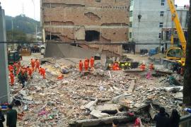 Nueve sepultados tras el derrumbe de cuatro edificios en China