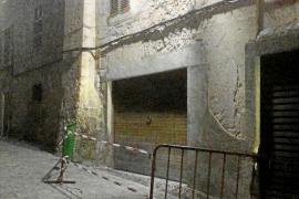 Acordonan la rectoría de Sineu para evitar daños a los peatones