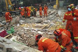Siete muertos y dos supervivientes en el derrumbe de un edificio en China