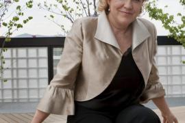Pilar Rahola gana el Ramon Llull con 'Rosa de cendra'