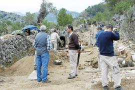 Trece 'margers' trabajan en la restauración del Camí de Solleric para que abra en marzo