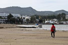 Los últimos coletazos del temporal dejan una decena de destrozos en las Pitiusas