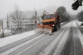 Reabren la carretera de la Serra de Tramuntana cortada por la nieve