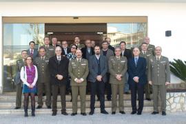 El comandante general de Balears se presenta ante la prensa con motivo del patrón de los periodistas