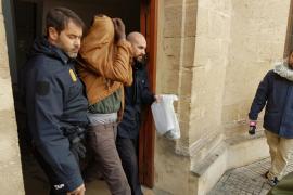 El juez envía a prisión al líder de la trama senegalesa