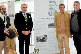 Cien años de aeronáutica en una exposición
