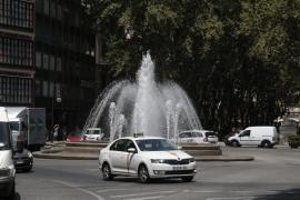 El Govern está dispuesto a negociar con los taxistas pero no quitarán las nuevas líneas de bus