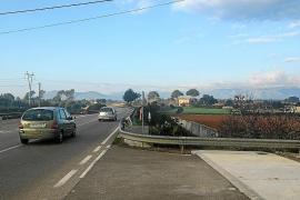 Una nueva pasarela permitirá por fin ir a pie hasta la estación de tren de Muro