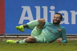 Grave lesión de Aleix Vidal en Vitoria