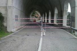 El Consell inicia los trabajos de contención en el falso túnel de la carretera Estellencs-Andratx