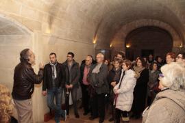 El Consolat organiza visitas nocturnas teatralizadas para celebrar el Día de Baleares