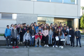 Alumnes de 2on de la ESO de IES Porto Cristo visitaren Grup Serra i ENDESA