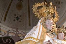 Condenado a pagar una multa de 180 euros por hacer una 'peineta' a la Virgen de Valdejimena