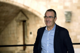 El equipo de Iglesias arrebata al de Errejón un puesto en la dirección tras la renuncia de Yllanes